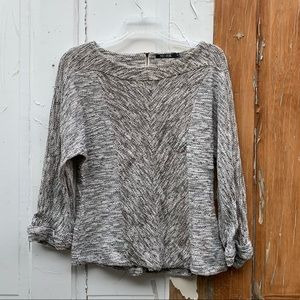 Nic + Zoe sweater Size Medium